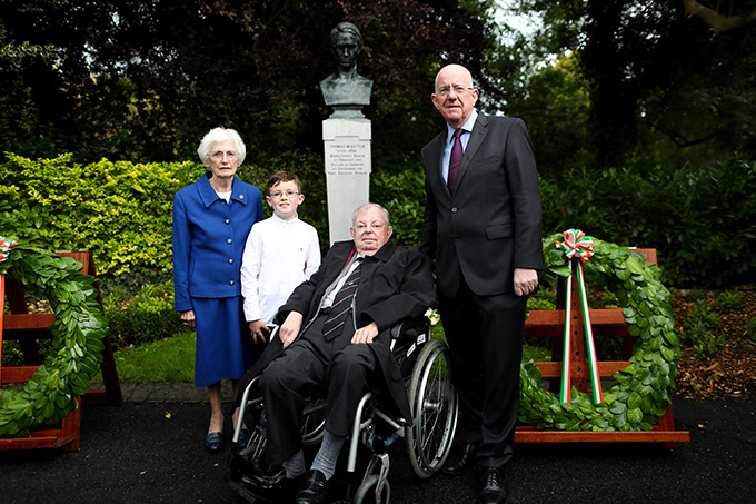 Minister Flanagan with members of the Kettle family