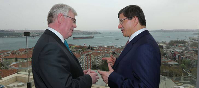 The Tánaiste met Turkish Foreign Minister Ahmet Davutoglu at the start of the Trade Mission to Turkey