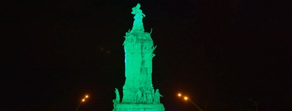 Greening of the Monumento a Espana, Buenos Aires