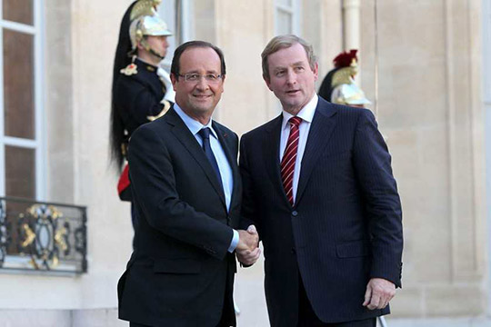 President of France Francois Hollande and Taoiseach Enda Kenny shaking hands