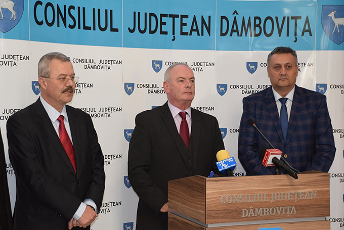 Ambassador Derek Feely and Commercial Attaché Liviu Buzilă visit Dâmboviţa County