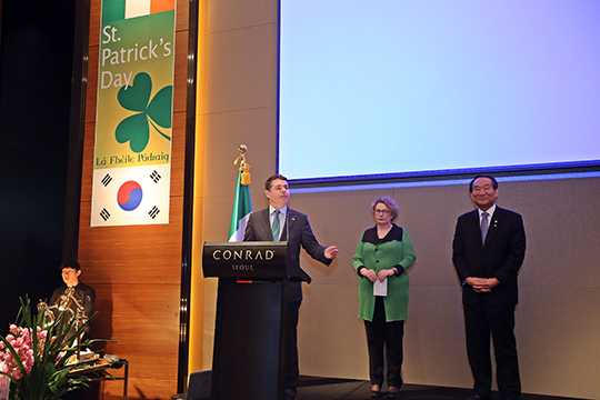 Minister Donohoe addresses the St Patrick's Day Reception in Seoul. Credit: Tom Coyner