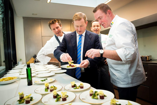 The Taoiseach met with Dutch Michelin starred chefs Alain Alders, Rogér Rassin and Erik van Loo, who play a role in promoting Irish beef in the country