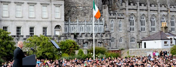 Vice President Biden addressing Dublin Castle. Photo Credit: Maxwells Photography