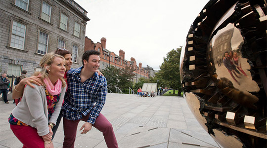 Alumni Networks (c) Tourism Ireland