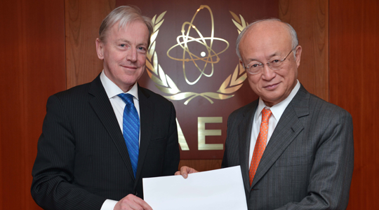 Ambassador Hanney presents credentials to Director General of the International Atomic Energy Agency Yukiya Amano