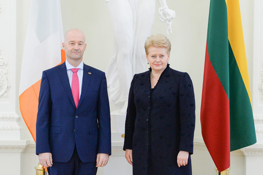 Ambassador David Noonan presenting his credentials to Her Excellency President Dalia Grybauskaite on 17 September 2014.