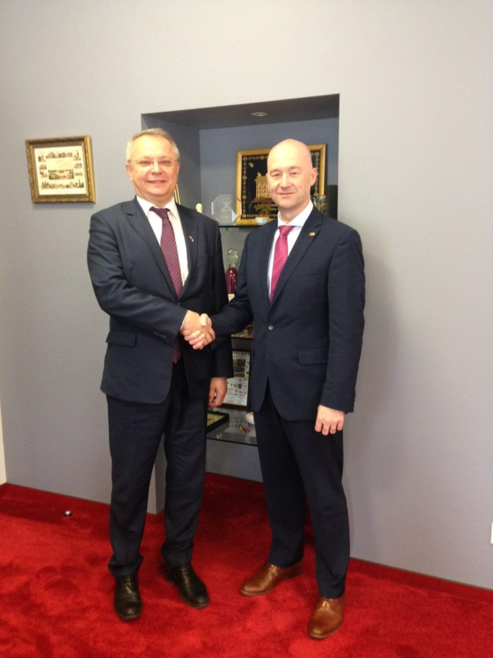 The Ambassador David Noonan meets the Lithuanian Ambassador to Ireland