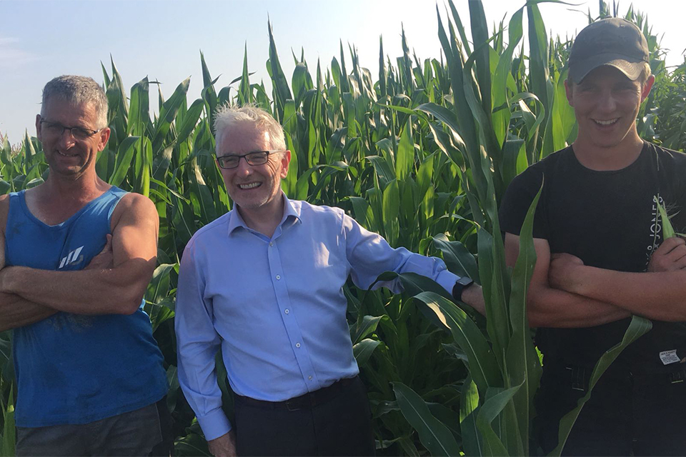Ambassador Kelly Meeting Samco Maize Growers De Graaf in Ternaard