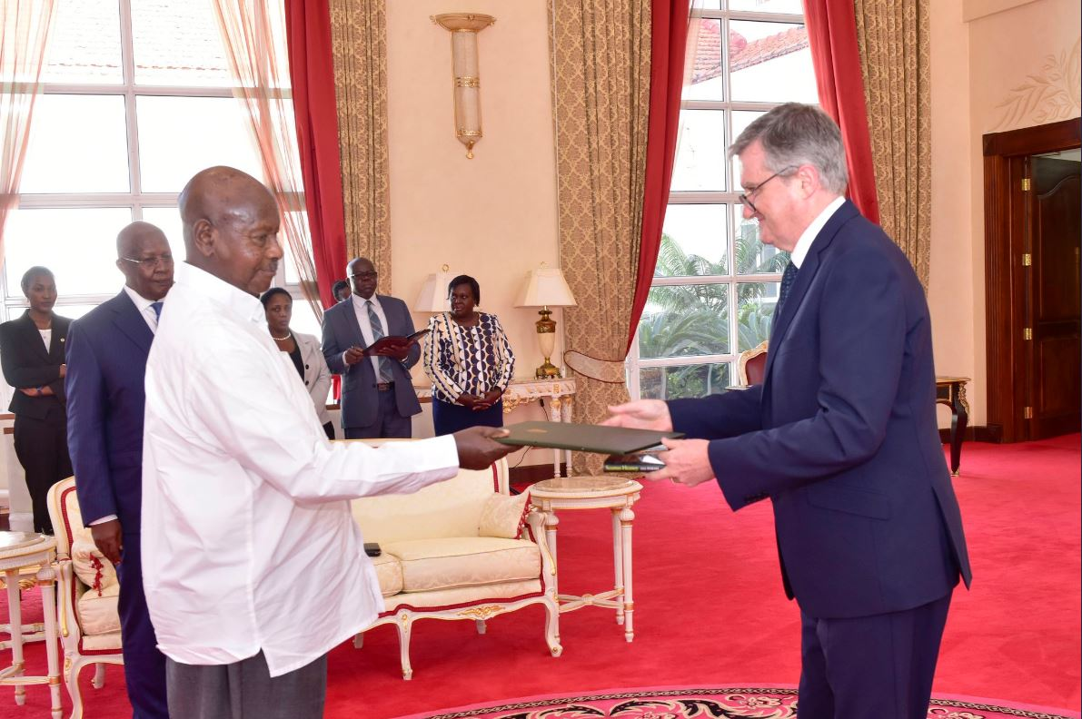 Ambassador William Carlos presents his credentials to H.E. President Yoweri Kaguta Museveni