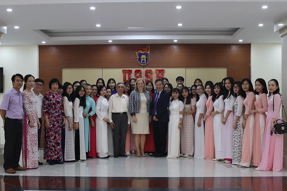 Ambassador Cáit Moran addressed the launch of a new programme on International Development Studies at the University of Social Sciences and Humanity (USSH), Vietnam National University Hanoi