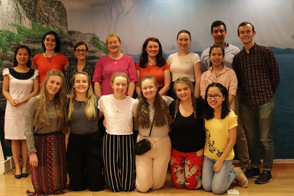 Embassy meets Irish young people volunteering in Vietnam