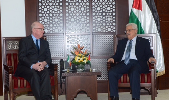 Minsiter Charles Flanagan meeting with President Mahmoud Abbas, March 2015.